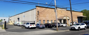 125 State St, Westbury Industrial Space For Lease