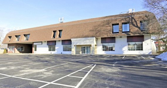 2758 Middle Country Rd, Lake Grove Office/Retail Space For Lease