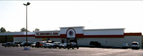 470 Commack Rd, Deer Park Industrial/Retail Space For Lease