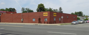 555 Greenwich St, Hempstead Industrial/R&D/Retail Space For Lease