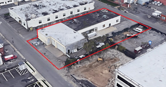 67 Bond St, Westbury Industrial Space For Lease