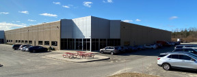 90 Wilshire Blvd, Edgewood Industrial Space For Lease