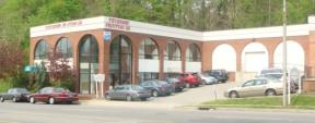 1 Brewster St, Glen Cove Flex Property For Sale