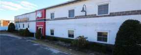 1 Commercial Ct, Plainview Industrial Property For Sale