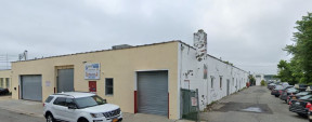 10 Secatoag Ave, Port Washington Industrial Space For Lease