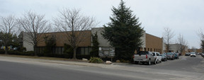 100 E Jefryn Blvd, Deer Park Industrial Space For Lease