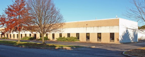 101 Roebling Ct, Ronkonkoma Ind/Land For Lease
