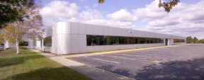 101-125 Comac St, Ronkonkoma Office/R&D Space For Lease