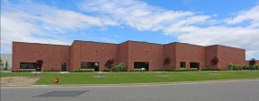 130 Carolyn Blvd, Farmingdale Industrial Space For Lease