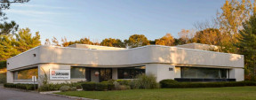 135 Fell Ct, Hauppauge Industrial Space For Lease
