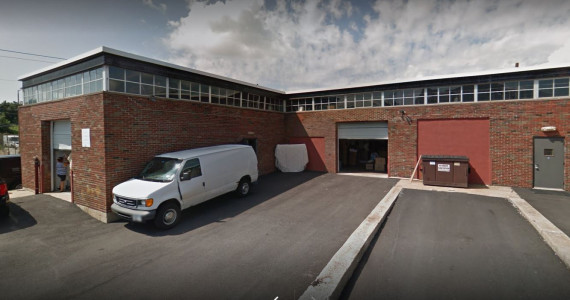 145 W John St, Hicksville Industrial Space For Lease