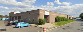15 Charlotte Ave, Hicksville Industrial Space For Lease