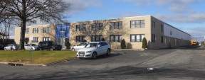 150 Express St, Plainview Industrial Space For Lease
