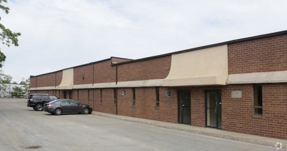 1626 Locust Ave, Bohemia Office/R&D Space For Lease