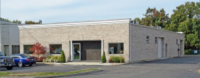 1695 Church St, Holbrook Industrial Space For Lease