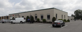 191-195 Newtown Rd, Plainview Industrial Space For Lease