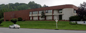 2 Harbor Park Dr, Port Washington Industrial/Manufacturing Space For Lease