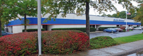 2-20 Old Dock Rd, Yaphank Industrial Space For Lease
