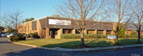 30 Haynes Ct, Ronkonkoma Industrial Property For Sale