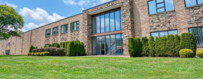 303 Smith St, Farmingdale Medical Office Space For Lease