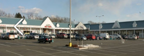 318 Portion Rd, Ronkonkoma Retail Space For Lease
