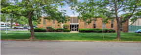 35 Hoffman Ave, Hauppauge Industrial Space For Lease