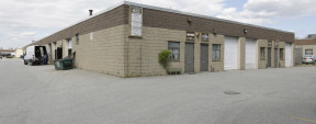40 Corbin Ave, Bay Shore Industrial Space For Lease