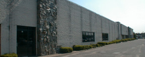 43 Drexel Dr, Bay Shore Industrial Space For Lease