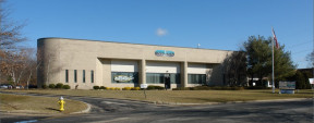 47 Mall Dr, Commack R&D Space For Lease
