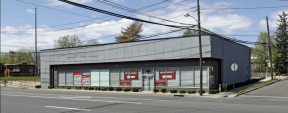 49 Old Country Rd, Westbury Retail Property For Sale Or Lease
