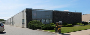 50 Brook Ave, Deer Park Industrial Space For Lease