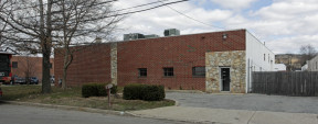 51 Eads St, West Babylon Industrial/Manufacturing Property For Sale