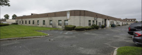 66 S 2nd St, Bay Shore Industrial Space For Lease