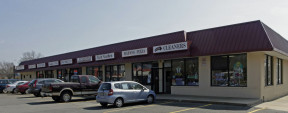 661 Old Country Rd, Plainview Retail-Office Space For Lease