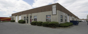 70 Corbin Ave, Bay Shore Industrial Space For Lease