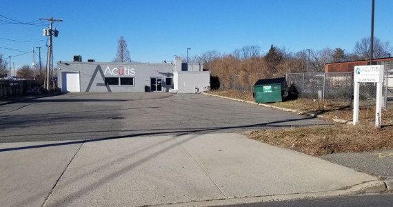 728 Larkfield Rd, East Northport Industrial/R&D Space For Lease