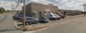 77 Bond St, Westbury Industrial Space For Lease