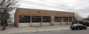 77 W 1st St, Deer Park Industrial Space For Lease