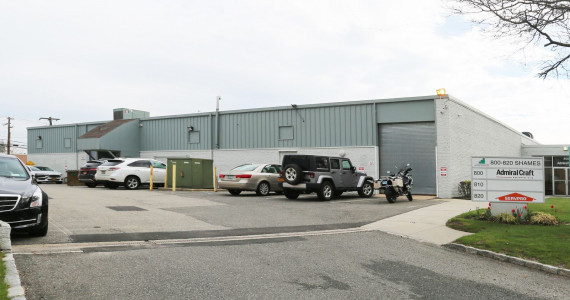 810-820 Shames Dr, Westbury Industrial Space For Sublease