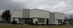 90 Colin Dr, Holbrook Industrial/R&D Space For Lease
