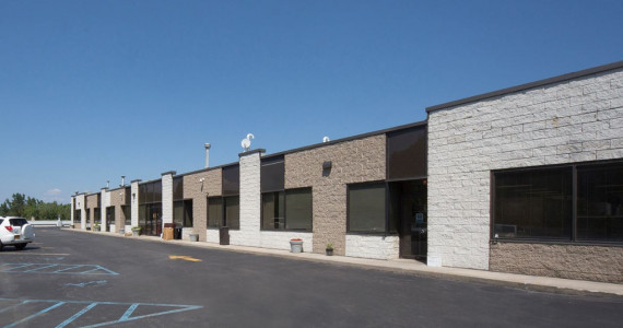 95 Seaview Blvd, Port Washington Industrial/R&D Space For Lease